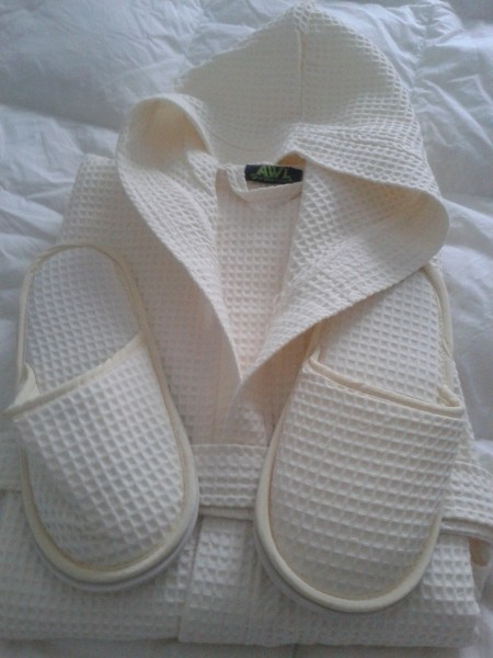 100% Cotton IVORY Hooded Waffle Bath Robes & Slippers